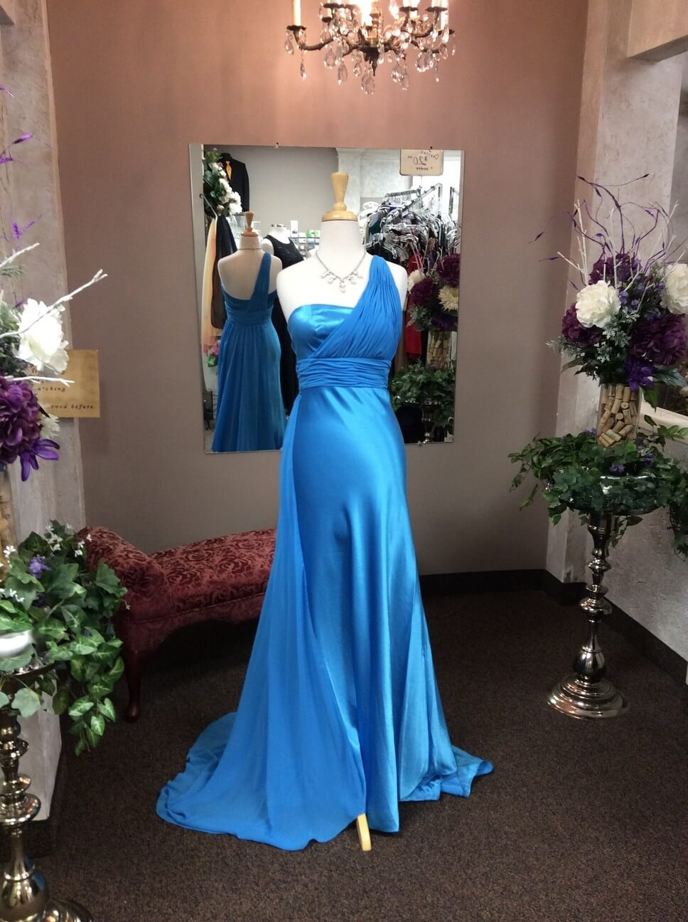 Prom dress shops in rochester mn gown and dress gallery for Wedding dress shops in mn