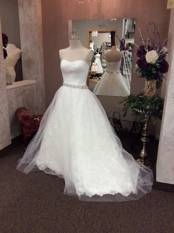 16179184 689627761218748 6689540542445579186 o for Local wedding dress designers